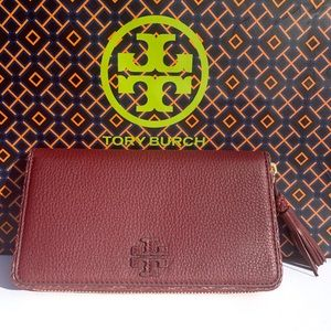 469b5937388 Women s New Tory Burch Clutches   Wallets